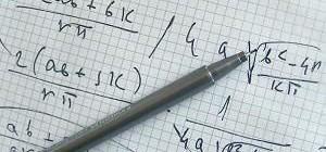Seminario de  Diseño Geométrico Asistido por Ordenador: Simetrías de superficies canal