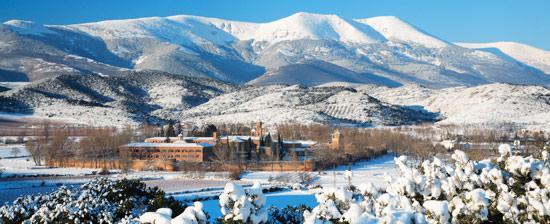 El monasterio de Veruela al pie del Moncayo