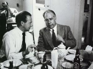Heisenberg (joven) y Bohr (derecha)