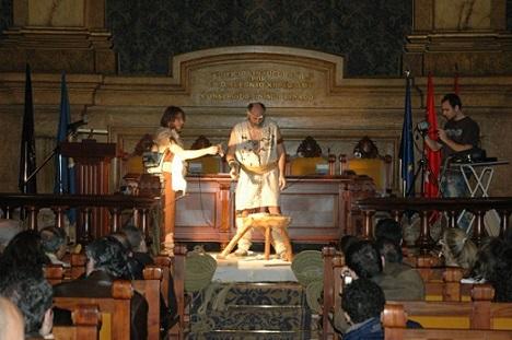Foto recreación histórica de los romanos y el Lapis Specularis