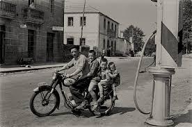 Fermín, Avelino, Bautista y Pepiño. 1957. Fotografía de Virxilio Vieitez