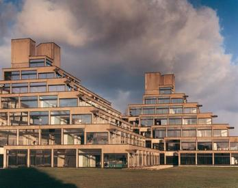 Norfolk Terrace en la Universidad de East Anglia, Norwich, Denys Lasdun