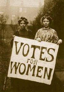 Annie_Kenney y Christabel Pankhurst, fundadoras del WSPU