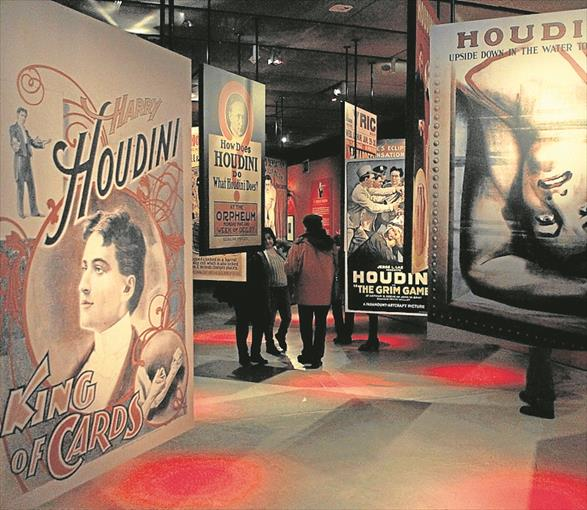 Exposición: Houdini. Las leyes del asombro