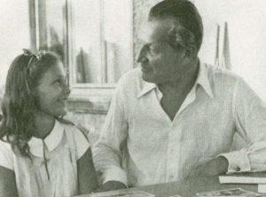 Angelika Schrobsdorff con su padre
