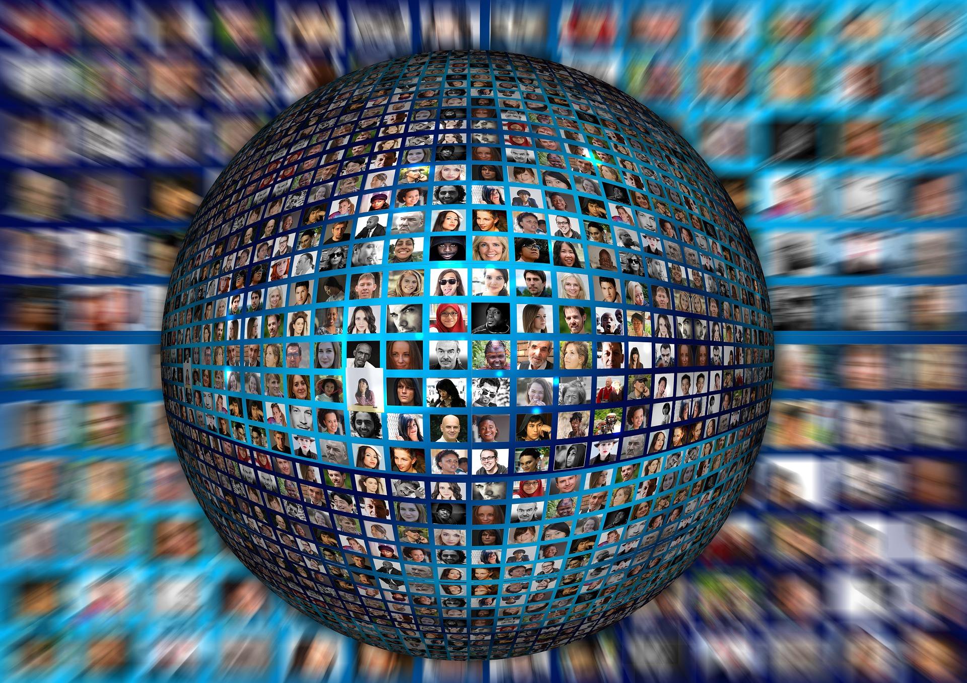 https://pixabay.com/es/humanos-se-enfrenta-a-personales-977414/